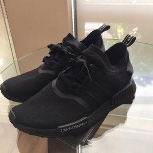 le adidas nmdr1 primeknit giappone triple black poshmark